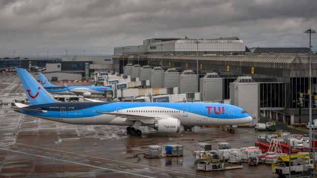 Aviones Tui.