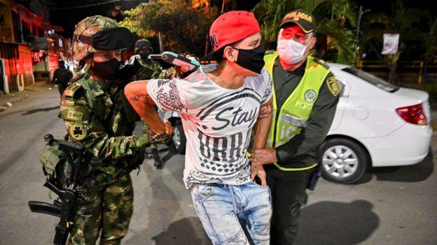 Policias en Colombia