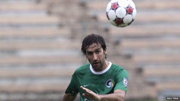 New York Cosmos star Raul