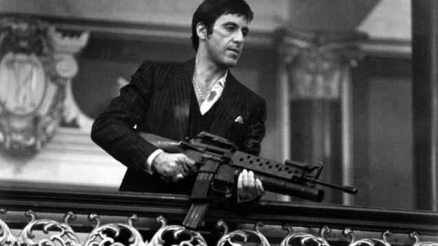Al Pacino em Scarface (1983)