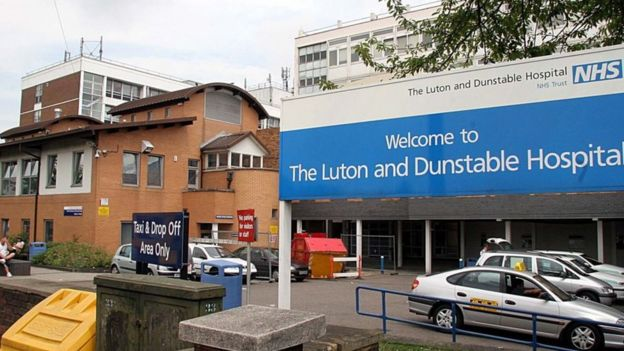 Exterior view Luton and Dunstable Hospital
