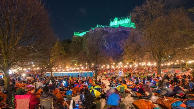 Картинки по запросу World's Big Sleep Out: Thousands support homelessness charities
