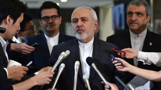 آقای ظریف در سفر اخیرش به چین و ژاپن، بارها درباره برجام و سرنوشت آن با خبرنگاران گفتوگو کرد