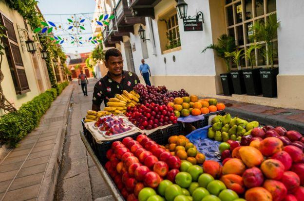 Vendedor de frutas en Cartagena