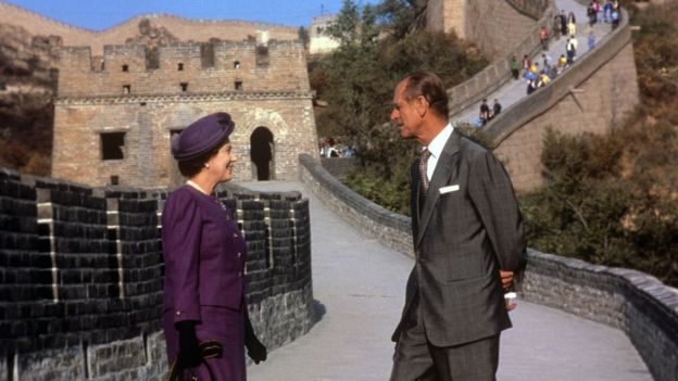The Queen and Duke of Edinburgh on the Great Wall of China in 1986