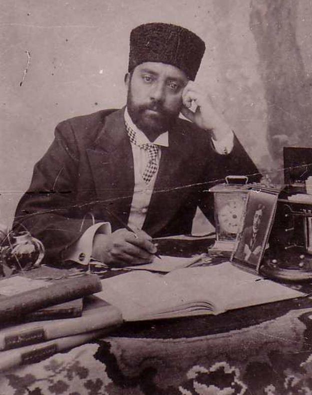 محمود طرزی