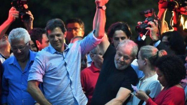 Lula com aliados políticos