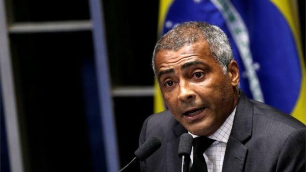 Senator Romario speaks during the session debating the voting for the impeachment of President Dilma Rousseff in Brasilia, Brazil, Brazil, May 11, 2016