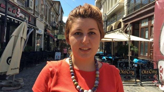 Irina Ilisei tin rằng có nhiều cô gái bị đẩy vào ngành công nghiệp này