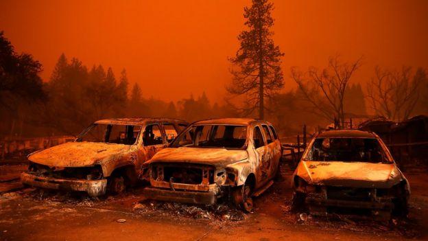 Autos incendiados