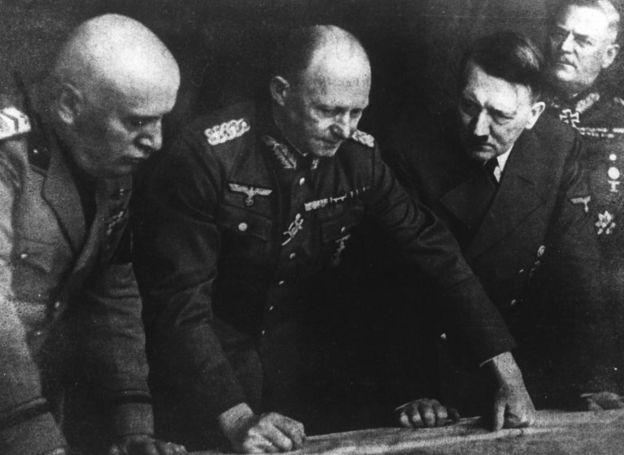मुसोलिनी और हिटलर
