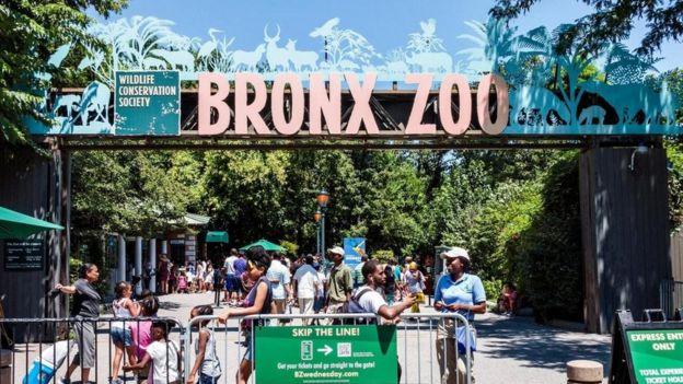 Entrada do zoológico do Bronx