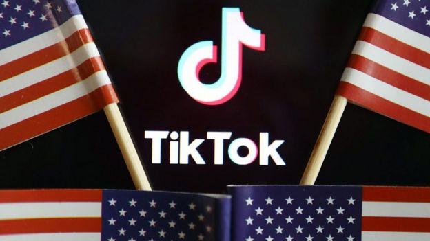 美国总统特朗普宣布要在美国封禁中国短视频应用平台抖音国际版TikTok。