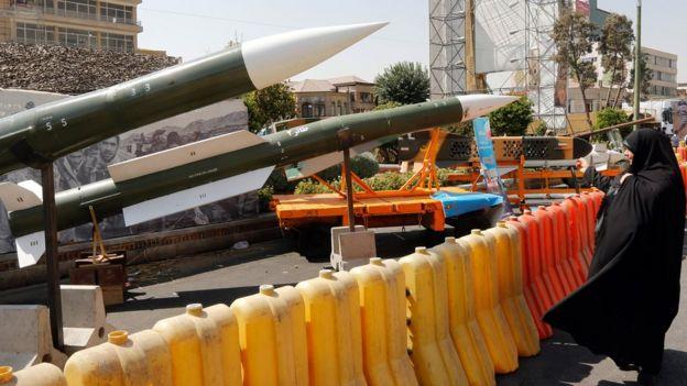 تعد القدرات الصاروخية جزءا رئيسيا في جهد إيران العسكري