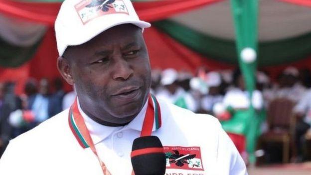 Bwana Nkurunziza anamuunga mkono mgombea kutoka chama tawala cha CNDD-FDD , Evariste Ndayishimiye