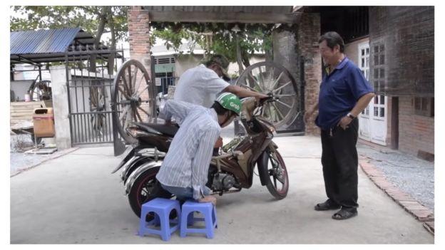 Những người dân 'vô danh đau khổ' trong phim của Andre Menras