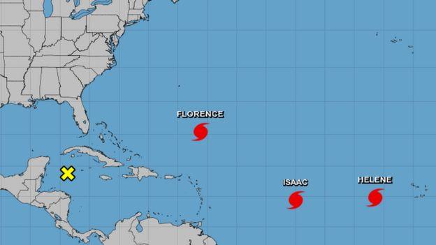 Mapa del Atlántico con la ubicación de los huracanes.
