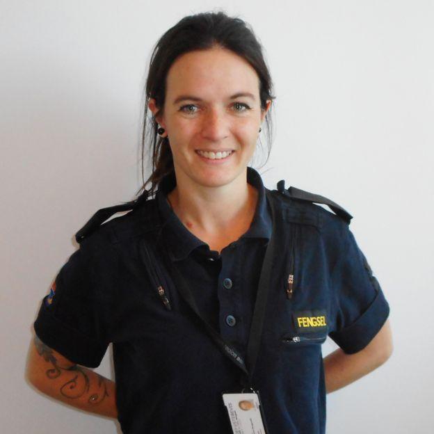 Linn Andreassen, oficial de la prisión