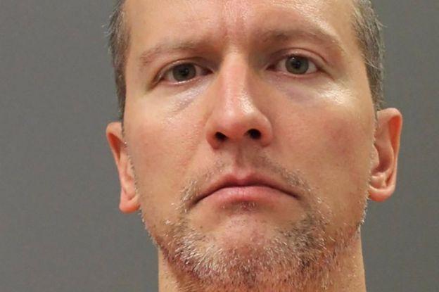 Derek Chauvin posa para uma foto de reserva sem data, tirada depois que ele foi transferido de uma prisão do condado para uma instalação estadual do Departamento de Correções de Minnesota