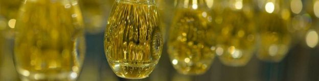 Why Big Brand Perfumes May Be Losing Their Allure Bbc News
