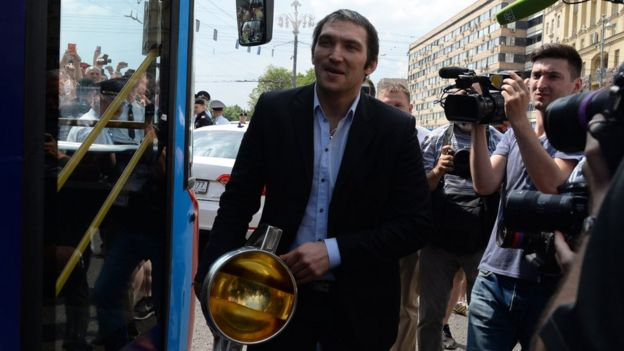 Ovechkin con la copa del mundo.