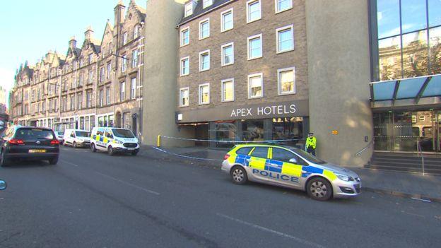 Man convicted of murder bid on tourists in Edinburgh - BBC News