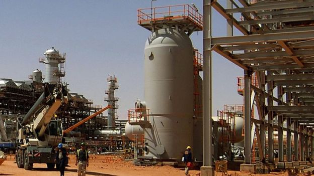 Campo de gas en Argelia.