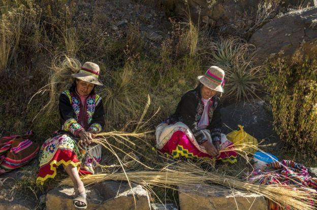 இயற்கையின் மகோன்னதம்: புற்களால் செய்யப்பட்ட 600 ஆண்டுகால பழமையான நடைப்பாலம்