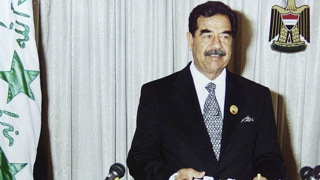 Saddam Hussein em 2002