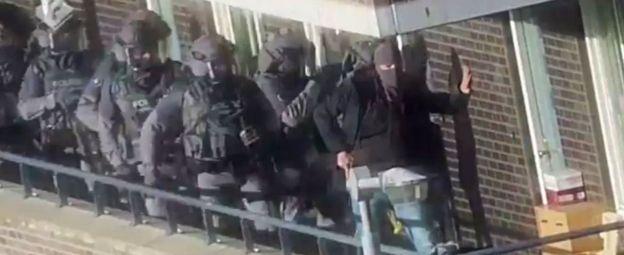 полицейский рейд в Арнеме