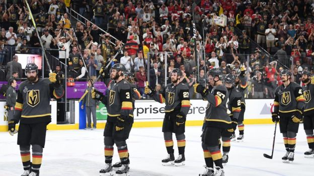 """Хоккеисты """"Вегаса"""" благодарят болельщиков за поддержку"""