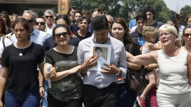 Padres, familiares y amigos de Fernando Báez Sosa.