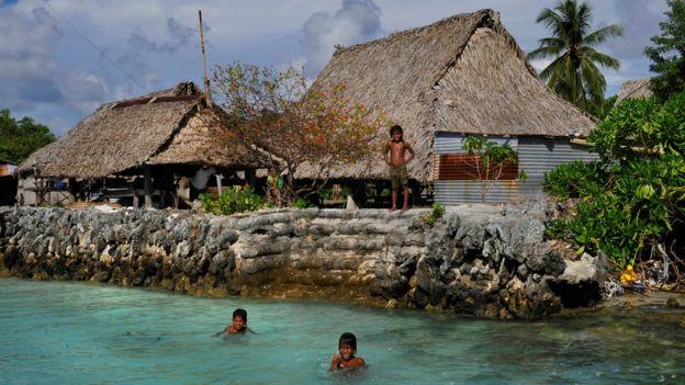 Tebunginako on the Island of Abaiang, Kiribati