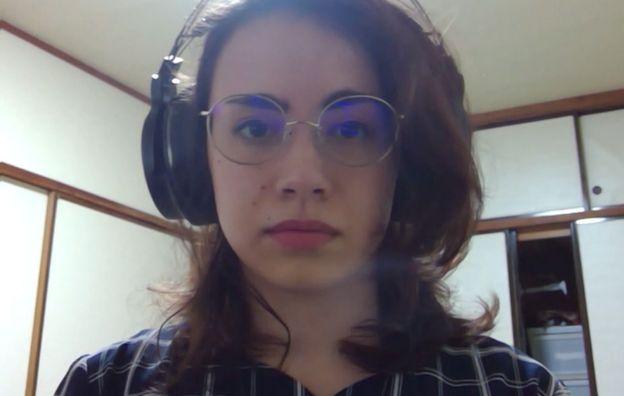 美国人海莉(Jordain Haley)在日本做翻译。她通过skype告诉我,她如何帮助一位日语不太流利的朋友获得检测机会。