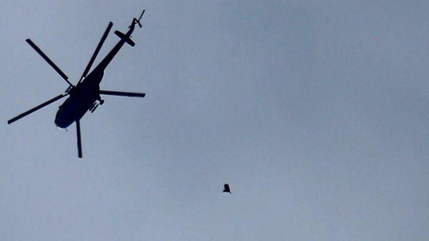 Сирийский вертолет над Восточной Гутой
