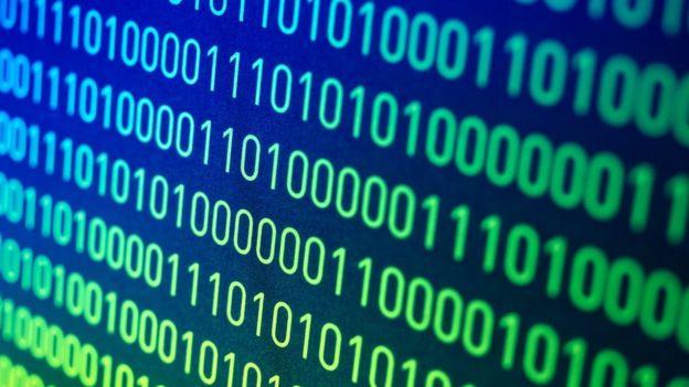 Konsep nol sangat penting untuk sistem yang menjadi dasar komputasi modern: bilangan biner.