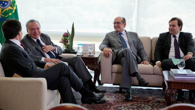 Michel Temer, Ministro Gilmar Mendes, Presidente do TSE, Eunício Oliveira, Presidente do Senado Federal, e Rodrigo Maia, Presidente da Câmara dos Deputados