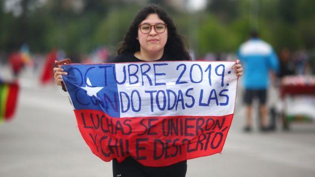 Chile enfrenta una fuerte crisis política.