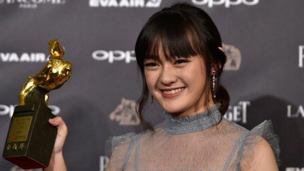 14歲的文淇以《嘉年華》入圍最佳女主角,以《血觀音》獲得最佳女配角獎。