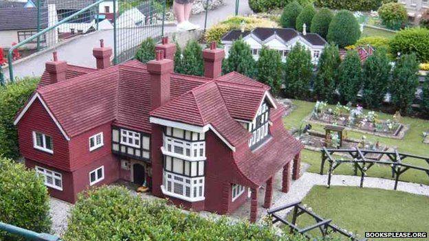 A model of Green Hedges, Enid Blyton's house
