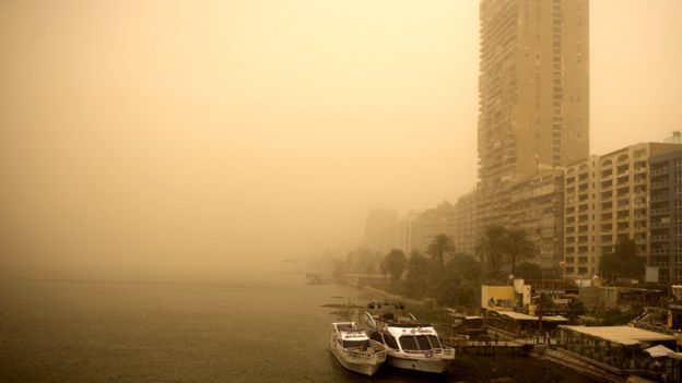 A view of the sandstorm by the River Nile in Cairo, Egypt, 16 January 2019