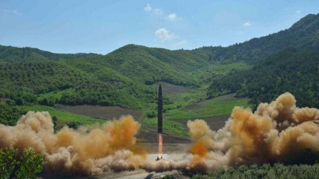 Momento del lanzamiento del misil.