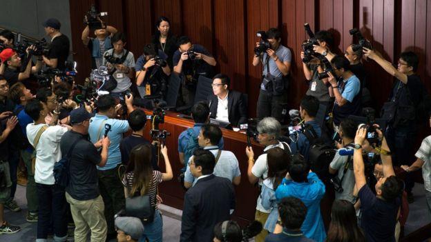 香港逃犯条例修订:史无前例的僵局该如何破