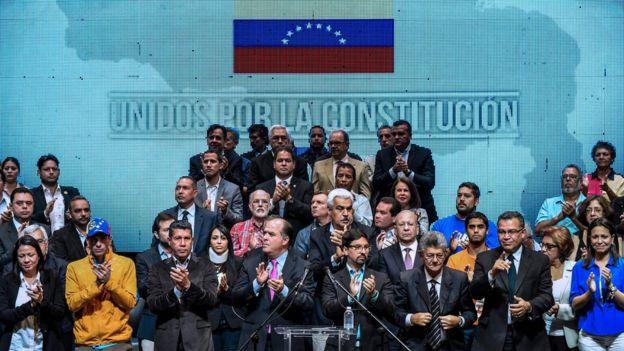 Julio Borges y otros líderes de oposición