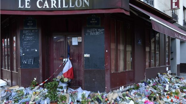 Tributes at Le Carillon bar on 15 November 2015