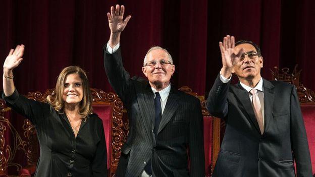 (De izquierda a derecha) Mercedes Aráoz, Pedro Pablo Kuczysnki y Martín Vizcarra.