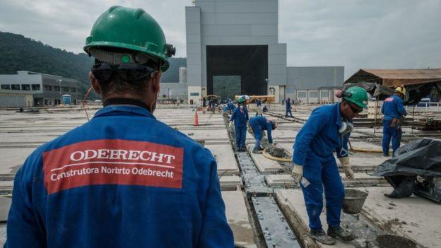 Odebrecht pagó sobornos por casi US$800 millones para obtener contratos en una decena de países.