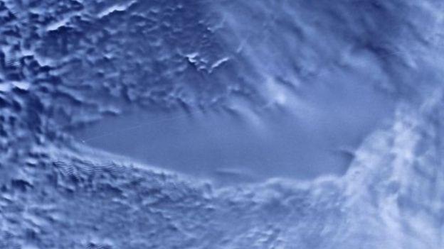 الماء على سطح المريخ الاكتشاف الاخير _102691527_9b622df3-53f2-4571-a8eb-d2160b2419be