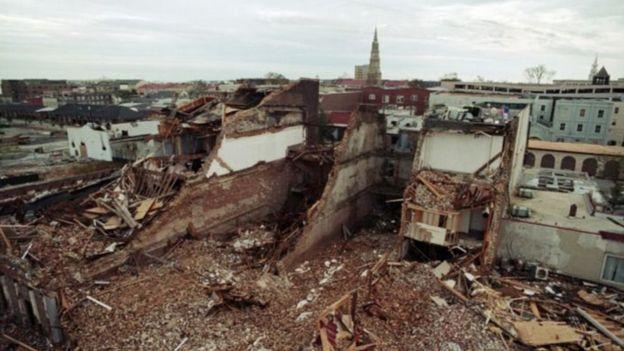 Bão Hugo tàn phá ở Charleston, Nam Carolina ngày 23/9/1989