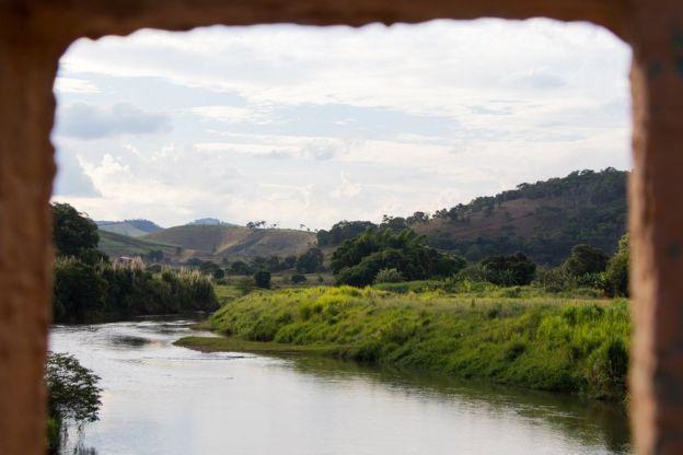 Avalanche de lama chegou a Barra Longa pelo rio Gualaxo do Norte, afluente do rio Doce